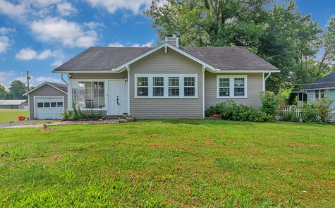 4108 Valley View Drive Knoxville, TN 37917